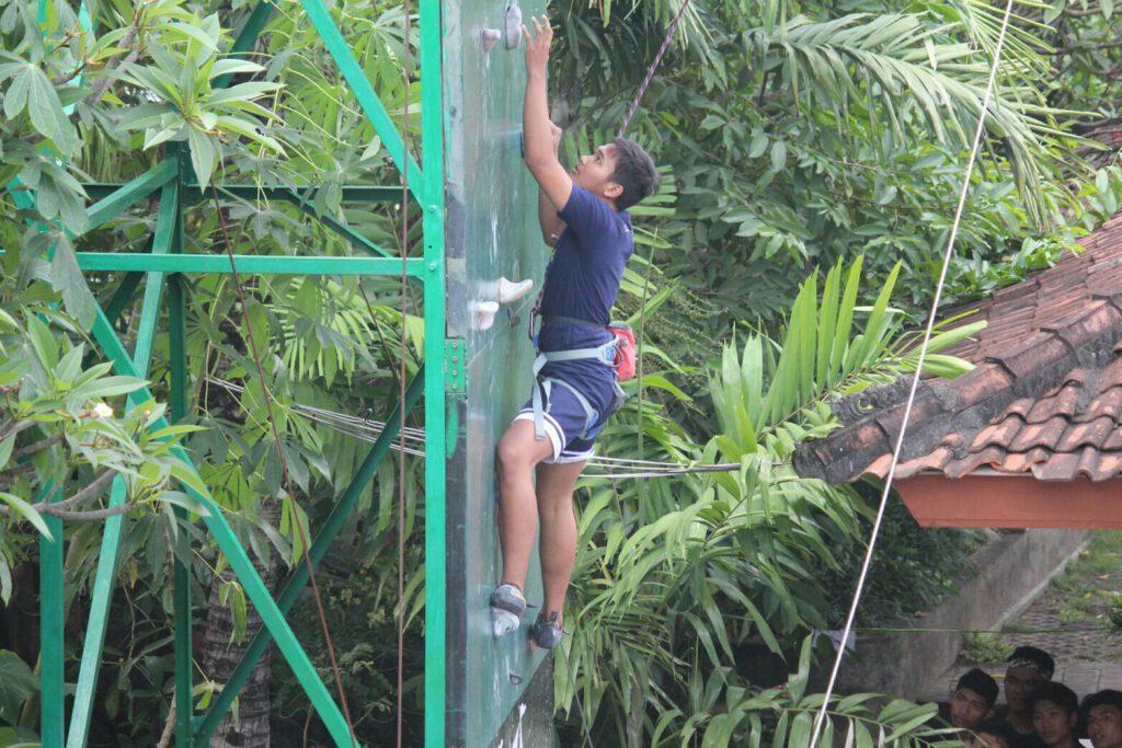 Fun Climbing Bhuana Yasa
